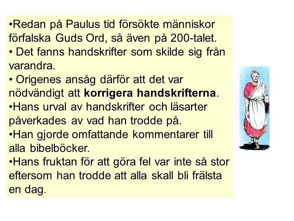 Svenska Folkbibeln Uppenbarelseboken 22:14 Saliga är de som tvättar sina kläder.