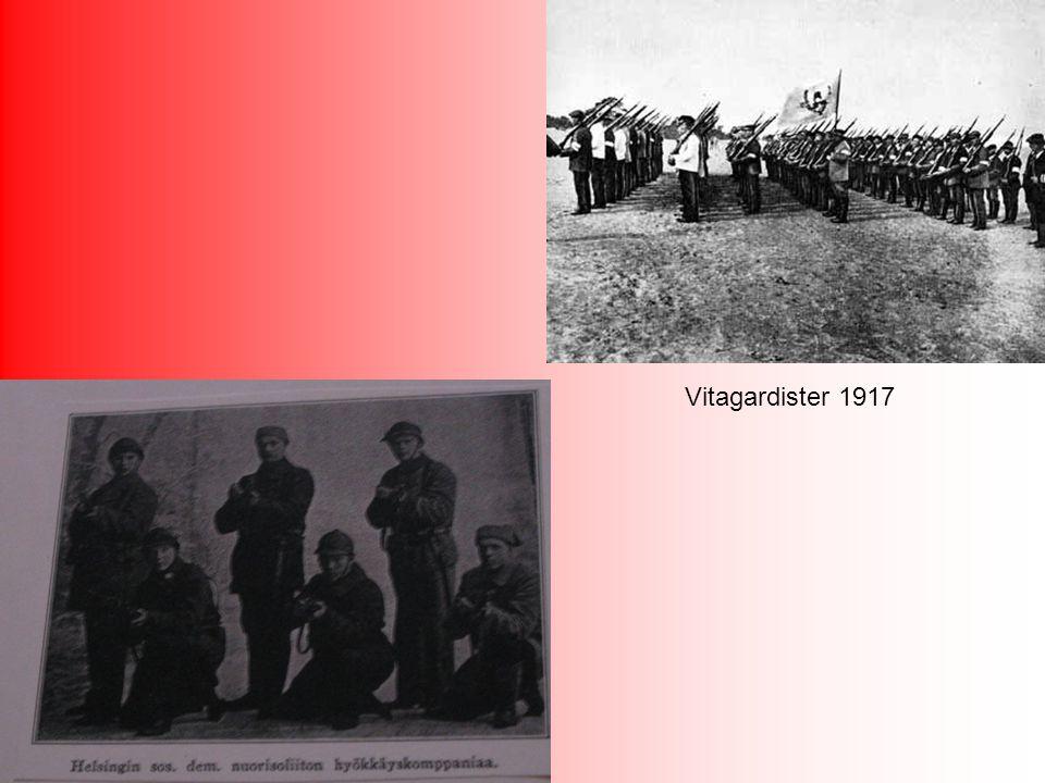 Under storstrejken i november 1917 utbryter våldsamheter och rödagardister avväpnar en del vitagardister.
