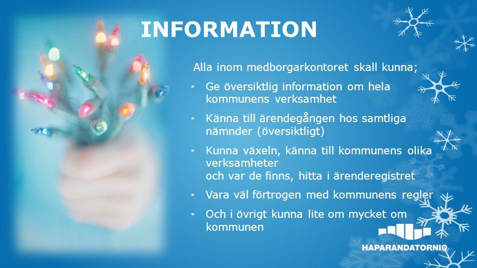 Ulla berättar för barnen om vad vi på Medborgar-kontoret sysslar med.
