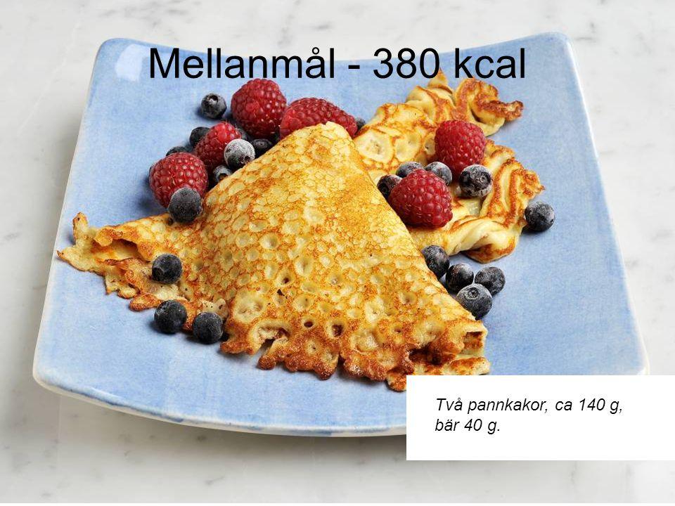 Middag – 600 kcal Ugnsrostade rotfrukter och potatis ( lök ca 30 g,palsternacka 70 g, morot 70 g potatis 125 g, rapsolja 5 g-1 tsk).