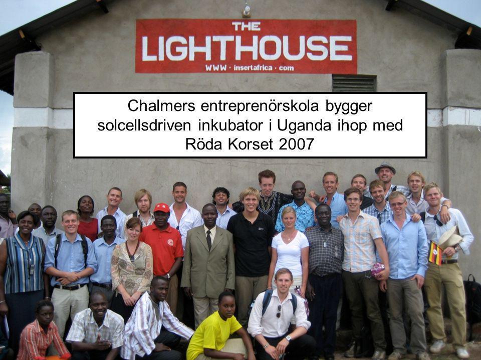 Chalmers entreprenörskola bygger solcellsdriven inkubator i Uganda ihop med Röda Korset 2007