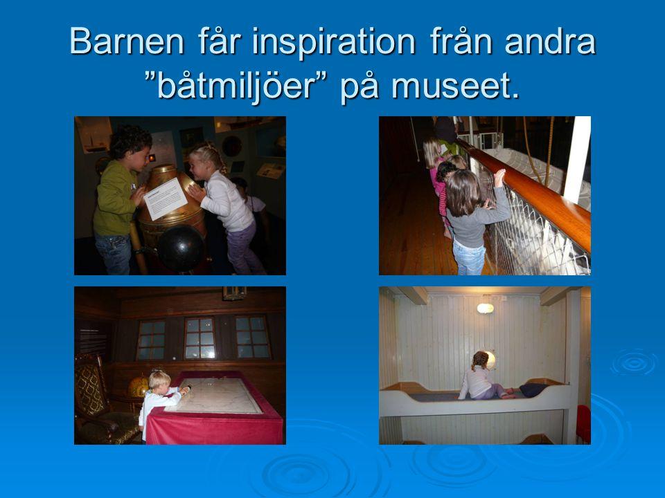 """Barnen får inspiration från andra """"båtmiljöer"""" på museet."""