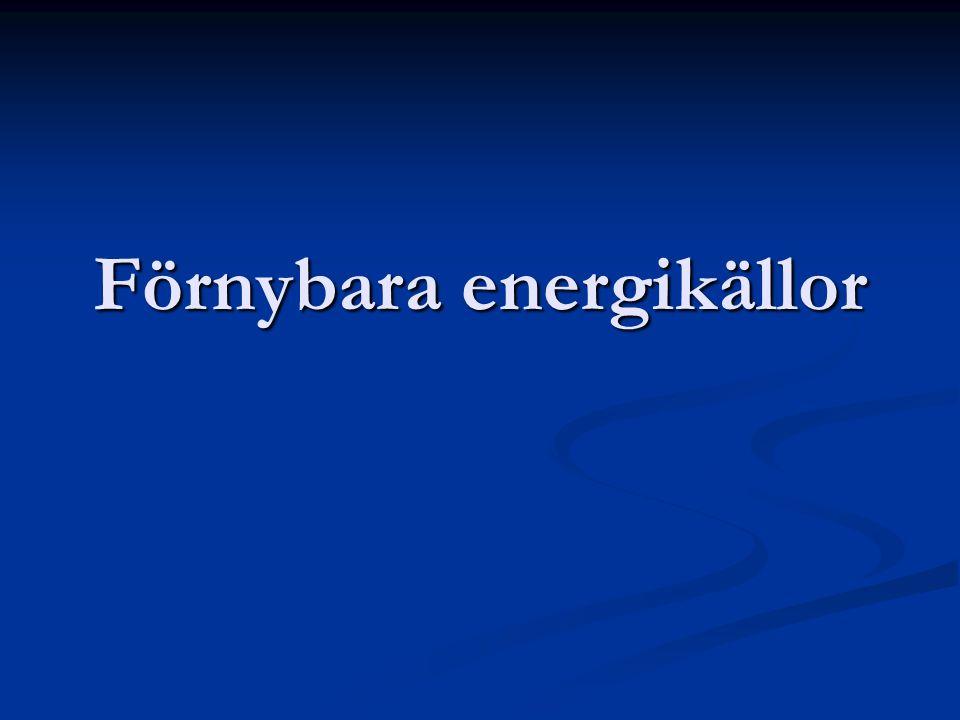 Vattenkraft Solen driver vattnets kretslopp Solen driver vattnets kretslopp Vi utnyttjar vattnets energi i vattenkraftverk, där vattnets rörelseenergi omvandlas i en generator till elenergi Vi utnyttjar vattnets energi i vattenkraftverk, där vattnets rörelseenergi omvandlas i en generator till elenergi