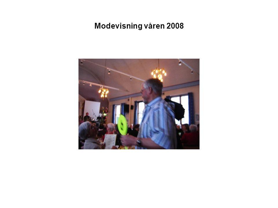 Modevisning våren 2008