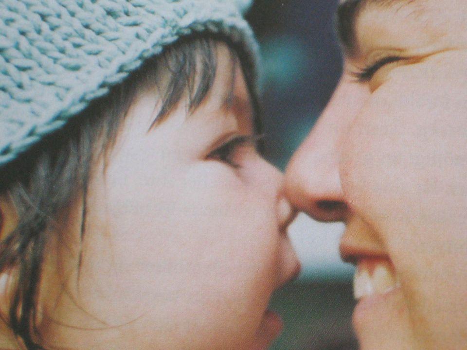 Emotioner – affekt -känsla Känslor som: Informationssystem Motivationssystem Kommunikationssystem Barnet föds med nio grundläggande affekter