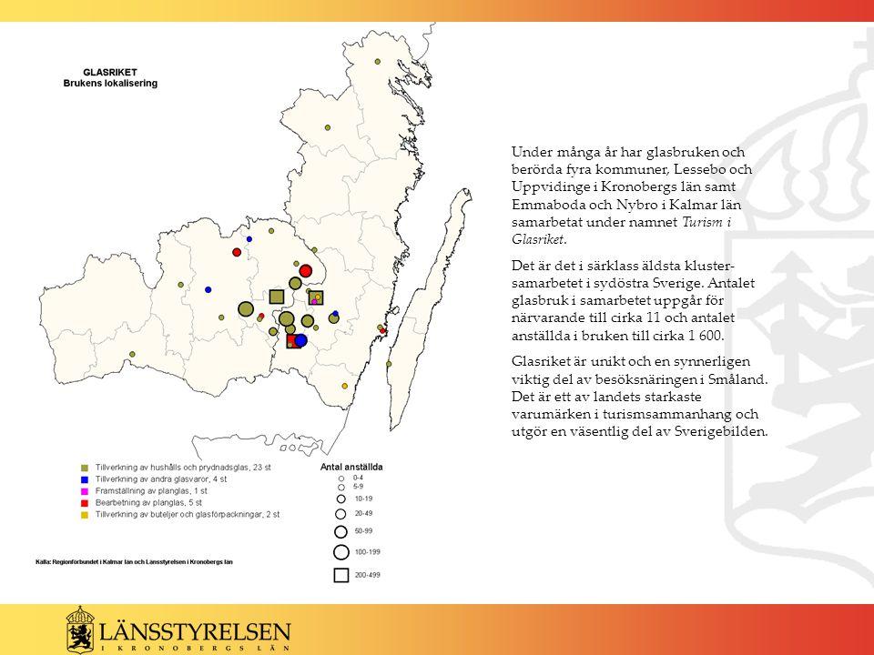 Under många år har glasbruken och berörda fyra kommuner, Lessebo och Uppvidinge i Kronobergs län samt Emmaboda och Nybro i Kalmar län samarbetat under namnet Turism i Glasriket.