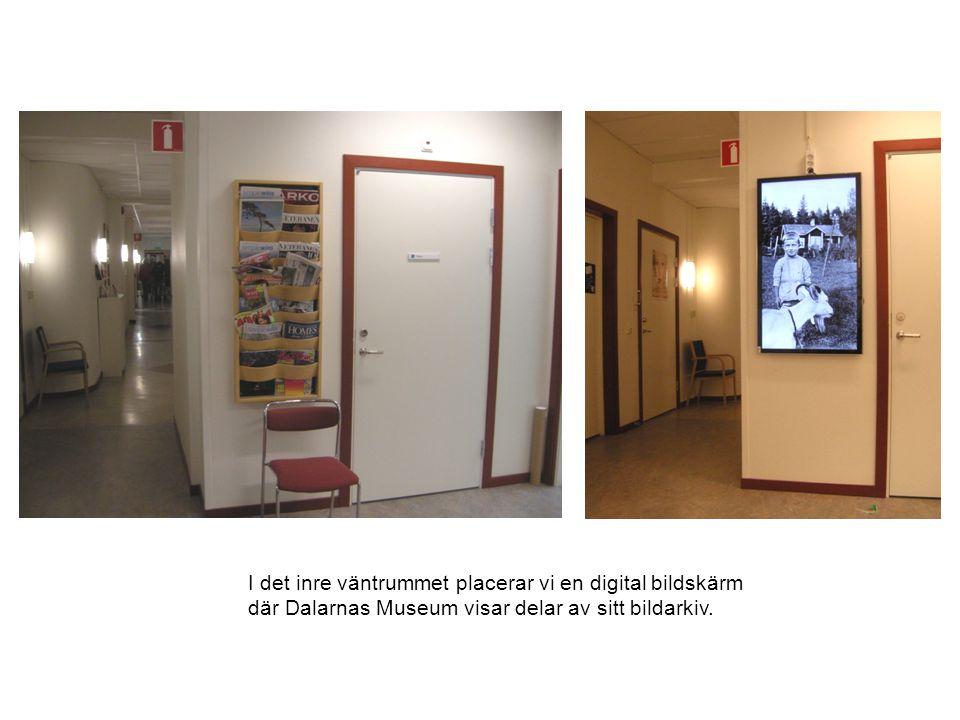 Här ser man den nya väggen mellan väntrummet och receptionen. Målningar av Lisbeth Boholm.
