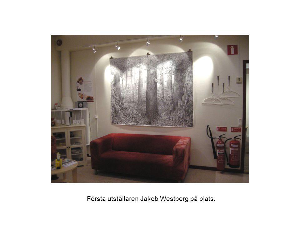 Första utställaren Jakob Westberg på plats.