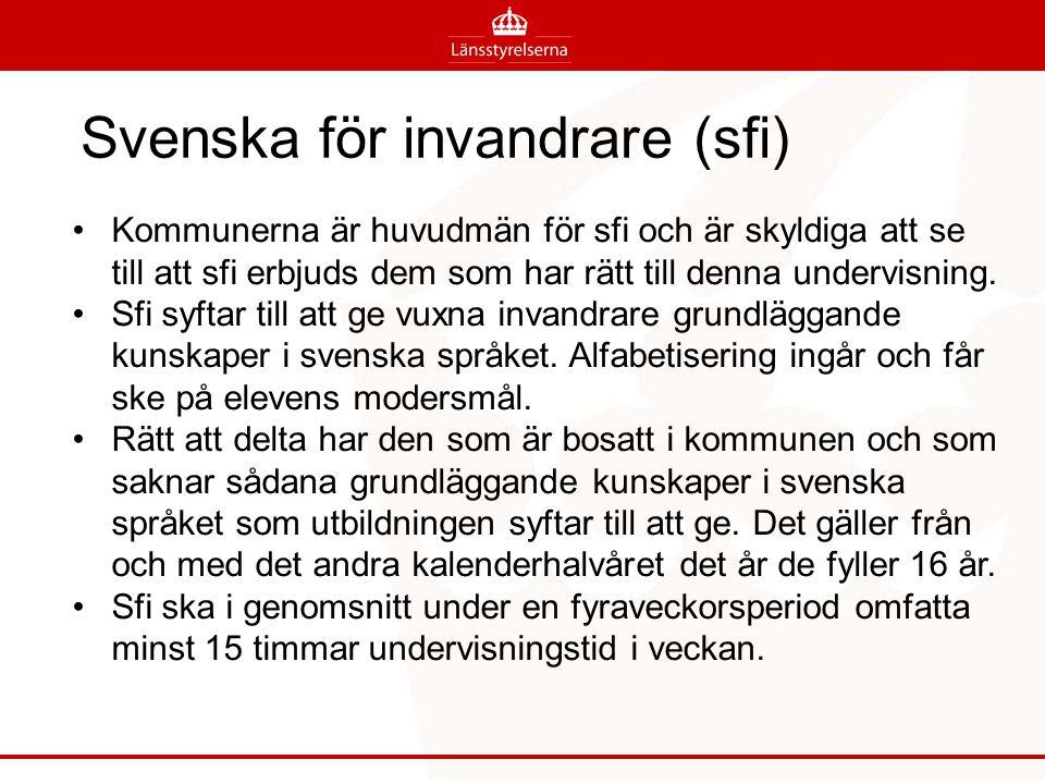 Sfi styrs av både skollagen och vuxförordningen Övergripande mål i skollagen 2 § Målet för utbildning i svenska för invandrare är att vuxna invandrare ska stödjas och stimuleras i sitt lärande.