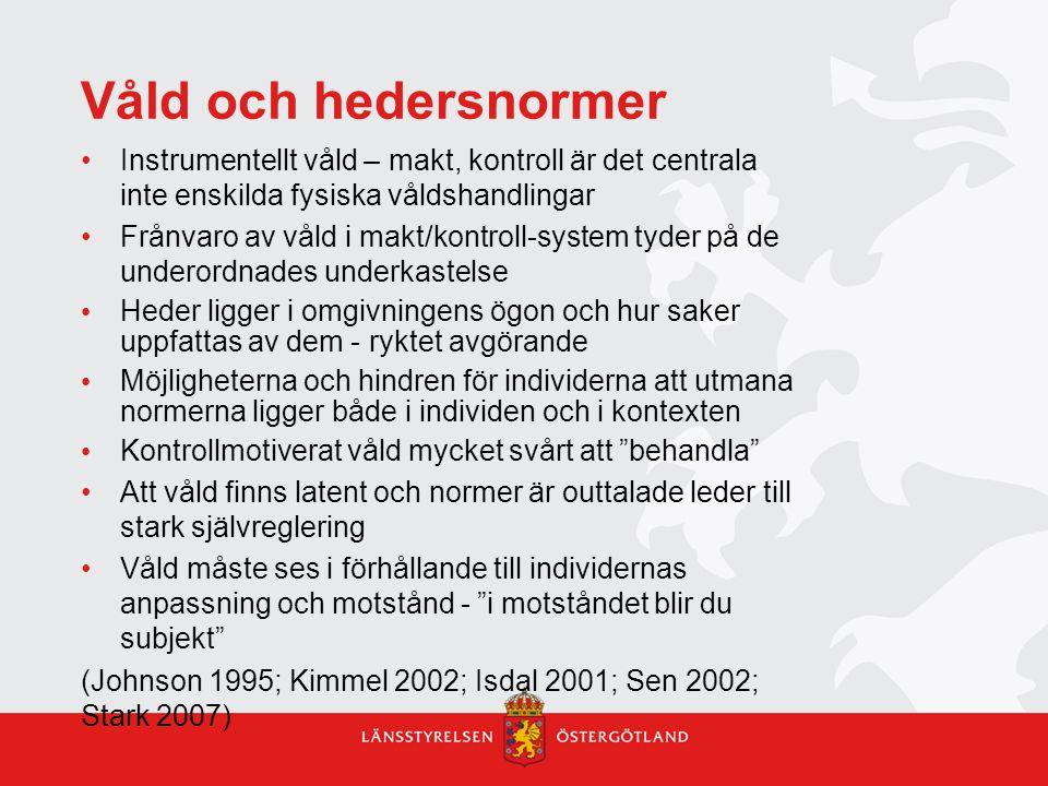 Kommunikationsproblem skola -socialtjänst SKOLA Osäkerhet kring soc.