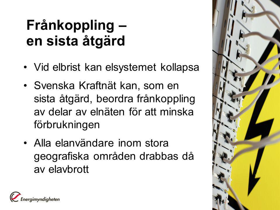 Nära ögat Svenska Kraftnät (SvK) har inte beordrat frånkoppling på grund av elbrist – men det har varit nära Om det är torrår (som 1996 och 2003) och ett par kärnkraftsblock är avstängda samtidigt som det är kallt kan vi få elbrist Tre gånger under 00-talet har SvK anmodat regionnätsföretagen att ta fram planerna för manuell frånkoppling.