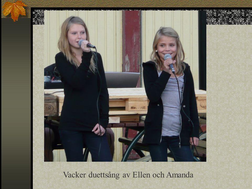Vacker duettsång av Ellen och Amanda