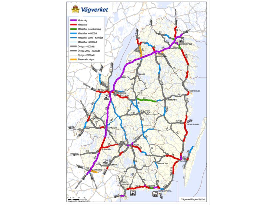 Kriterier för att identifiera objekt Bristinventering av stråk - trafiksäkerhet resp framkomlighet Utpekade stråk 90/100/110 – Möteseparering av befintlig väg ej möjlig – Längre sträckor med hastighet < 90 km/h Övrigt Värna vägnät – Trafik > 4000 f/d och ej möjlig mötesseparering – Längre sträckor med hastighet < 80 km/h Möteseparering av bef väg hanteras i pott