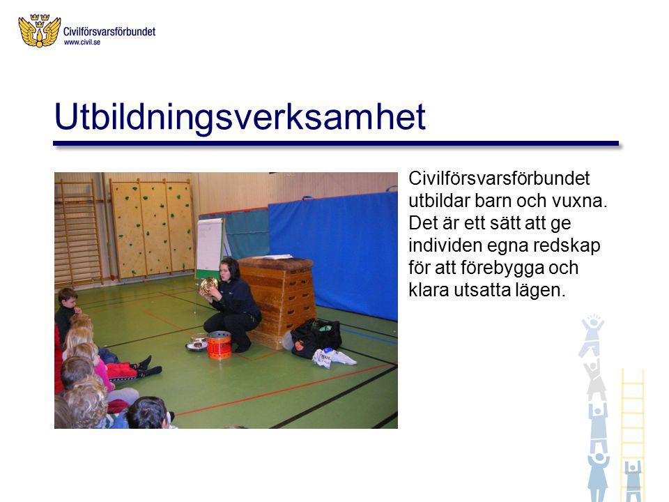 Civilförsvarsförbundet utbildar barn och vuxna.