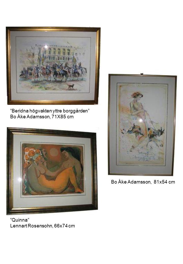 """""""Quinna"""" Lennart Rosensohn, 66x74 cm """"Beridna högvakten yttre borggården"""" Bo Åke Adamsson, 71X85 cm Bo Åke Adamsson, 81x54 cm"""