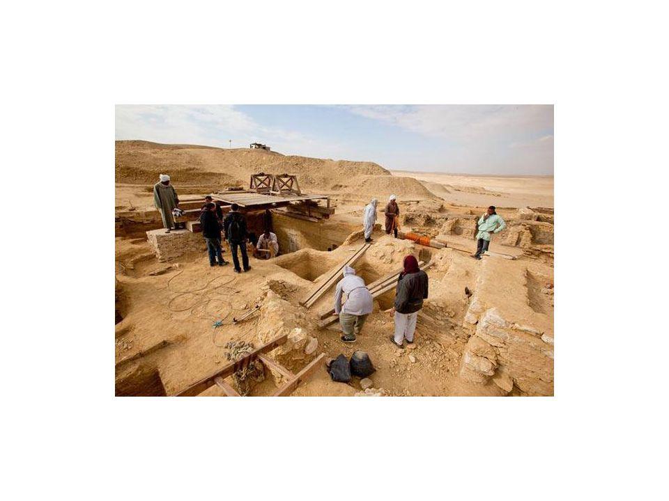 Andra som upptäcker: Geologerna – tittar på hur gammalt jordlagret är där fyndet hittades.