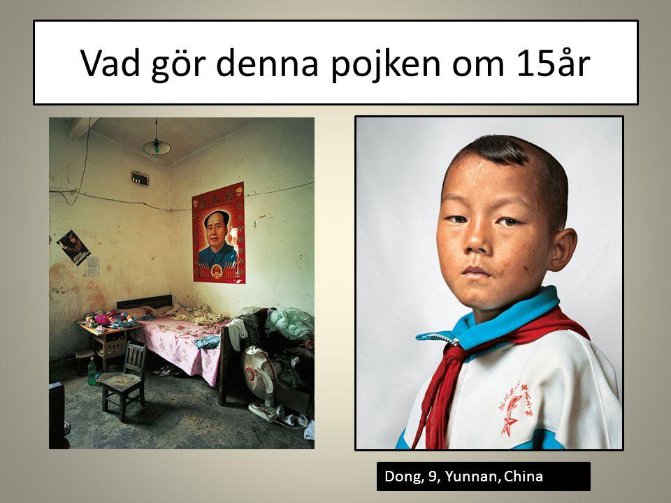 Vad gör denna pojken om 15år Dong, 9, Yunnan, China