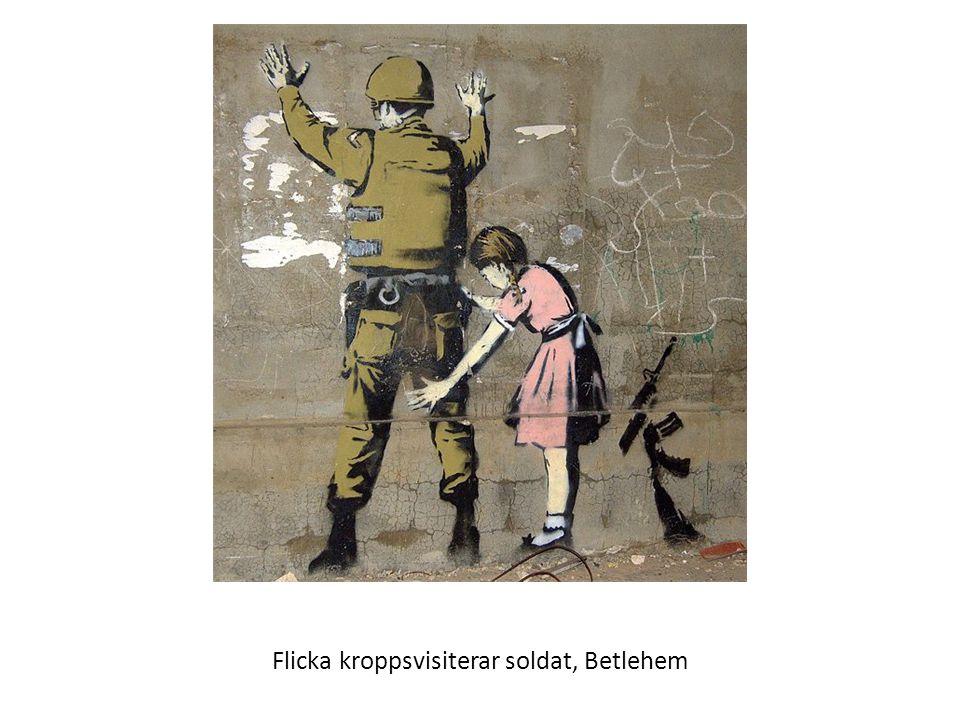 Flicka kroppsvisiterar soldat, Betlehem