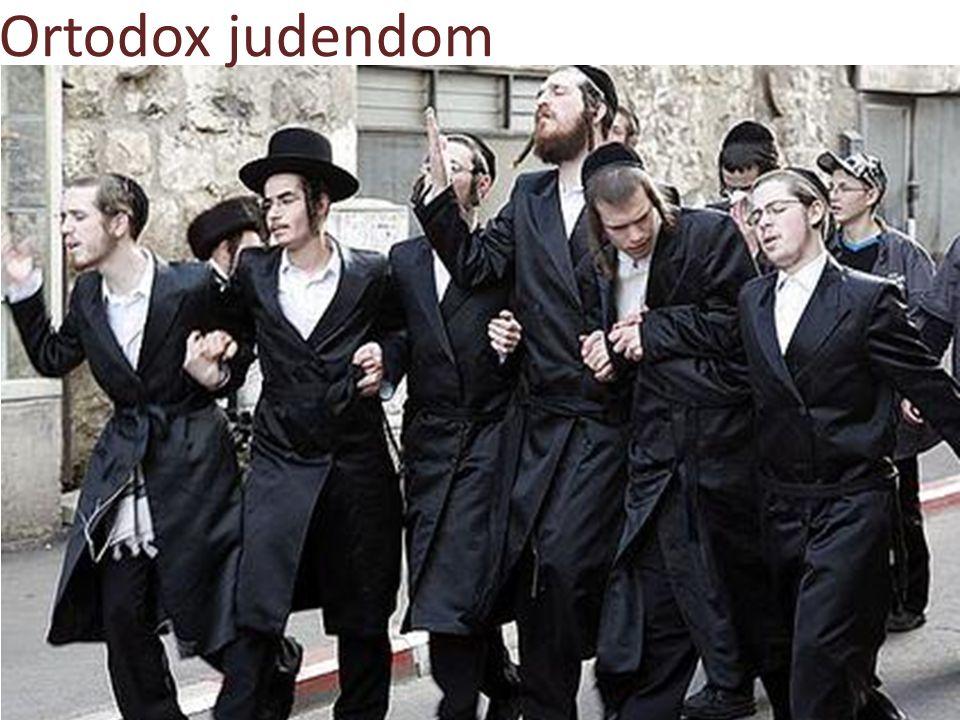 Håller fast vid den ursprungliga judendomen.Följer strikt Torahs mitzvor.