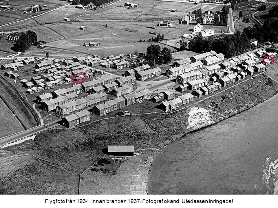 Flygfoto från 1934, innan branden 1937. Fotograf okänd. Utedassen inringade!