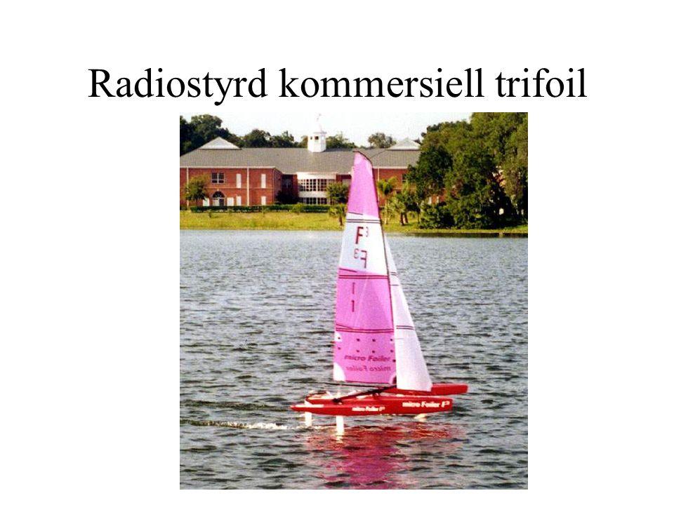 Radiostyrd kommersiell trifoil