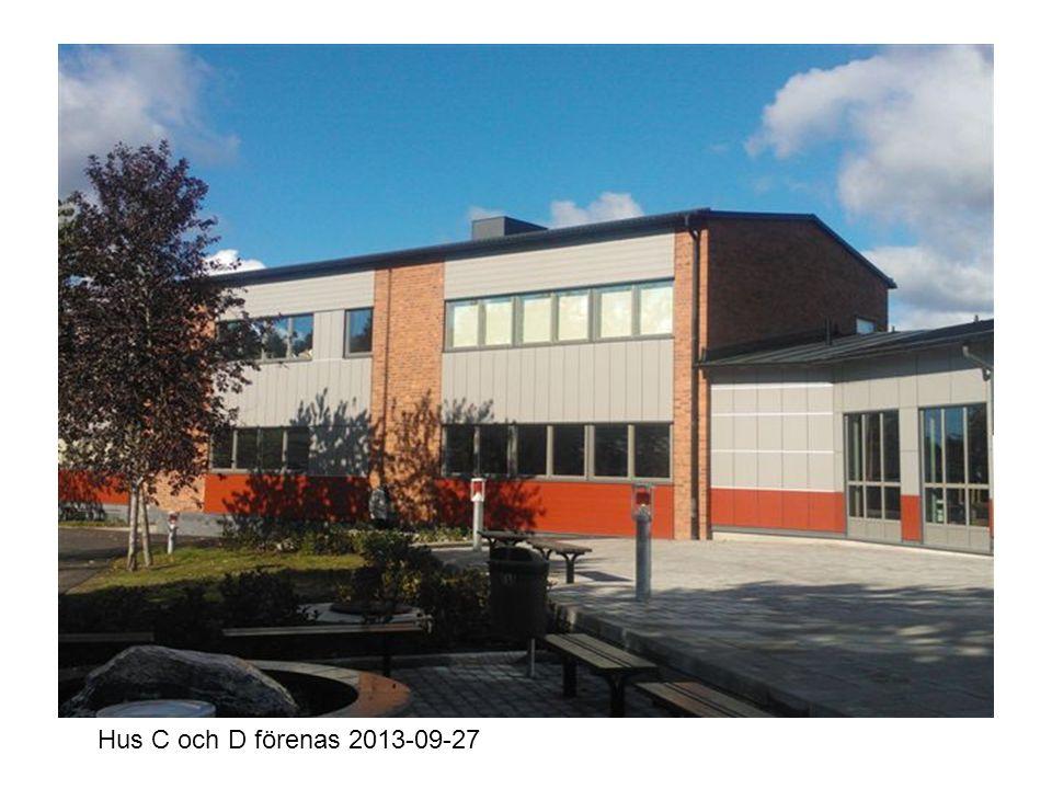 Inre entrén mot skolgården 2013-09-27