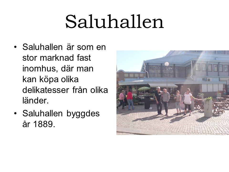 Saluhallen Saluhallen är som en stor marknad fast inomhus, där man kan köpa olika delikatesser från olika länder.