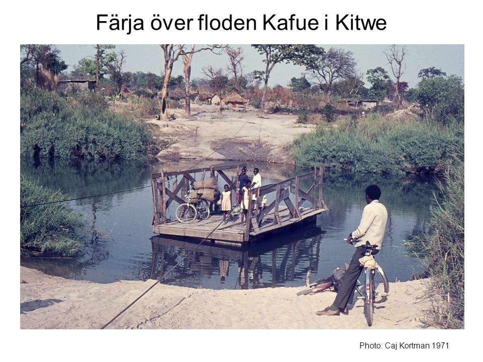 Färja över floden Kafue i Kitwe Photo: Caj Kortman 1971