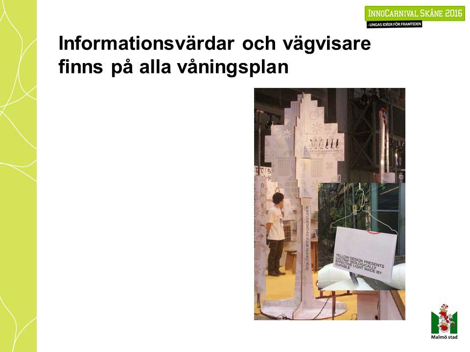 Informationsvärdar och vägvisare finns på alla våningsplan