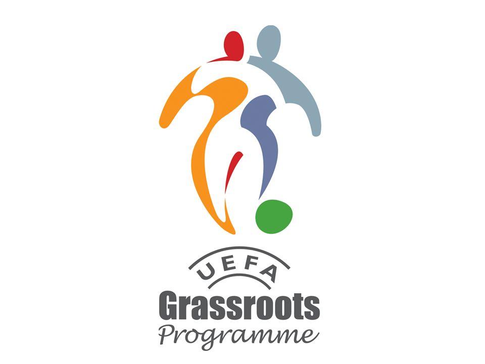 Grassroots football All fotboll som inte är professionell eller elit är definierad som Grassroots football , enligt UEFA.
