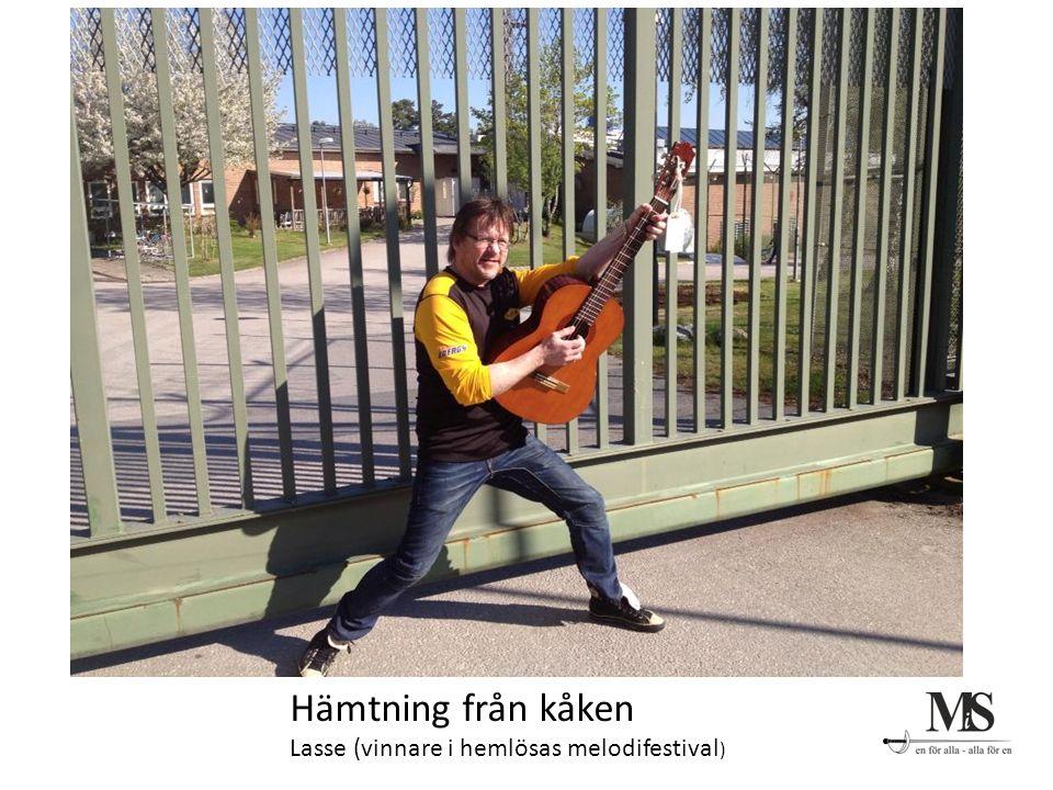 Hämtning från kåken Lasse (vinnare i hemlösas melodifestival )