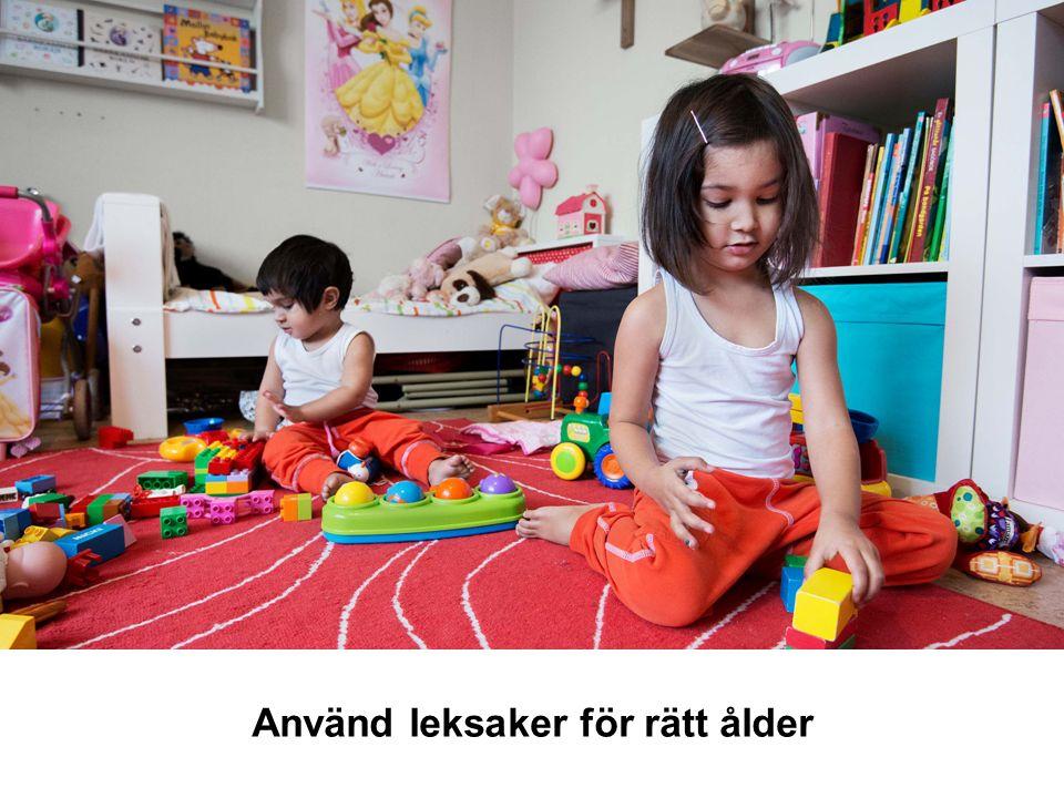 Använd leksaker för rätt ålder