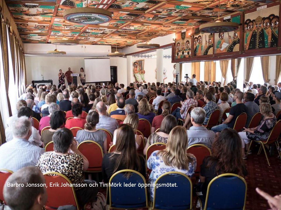 Ezra Gebremedhin och hans fru Gennet Awalom var, med sina många erfarenheter av Etiopien, Eritrea och Sverige, på plats som hedersmedarbetare.