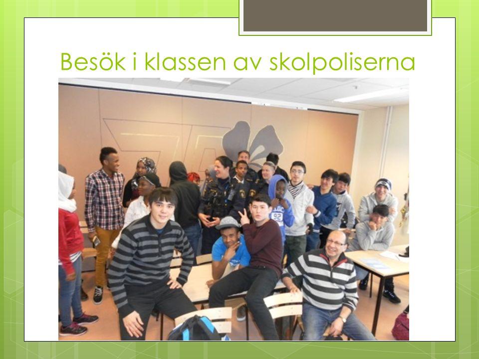 Besök i klassen av skolpoliserna