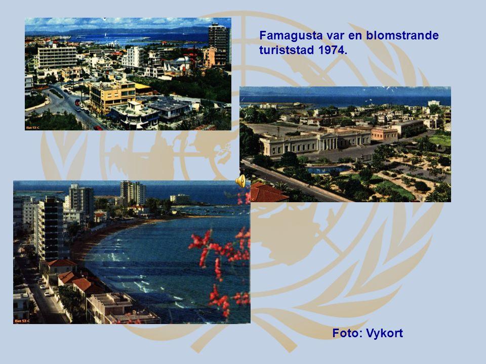 Famagusta var en blomstrande turiststad 1974. Foto: Vykort