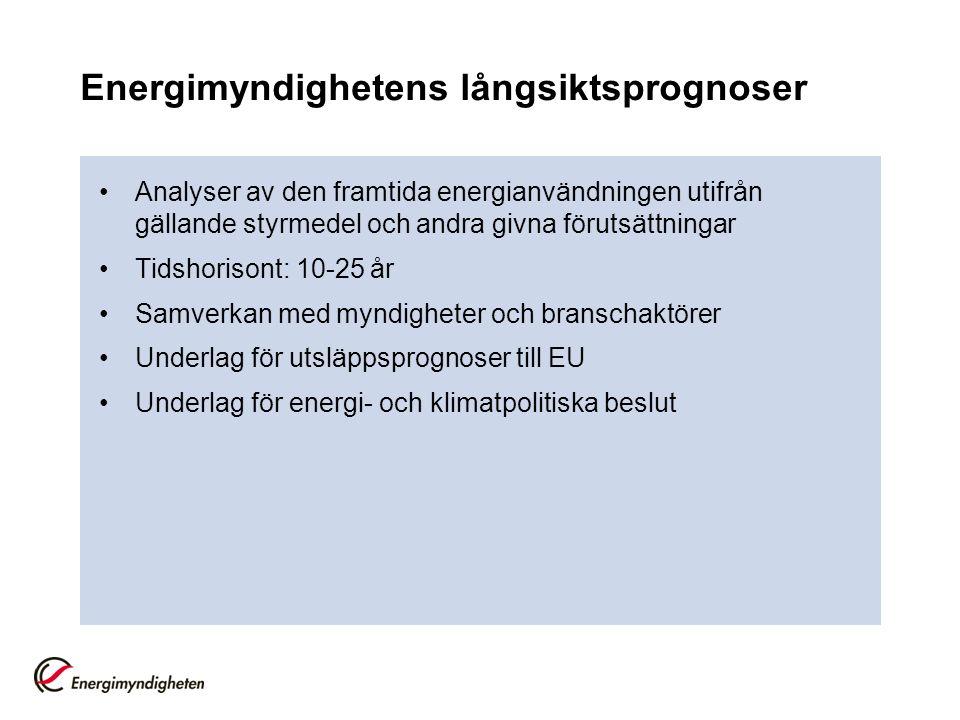 Scenarier och förutsättningar ScenarioOljeprisEk/BNPKärnkraftÅtgärderTids- horisont Huvudscenario (REF) 90 $/fatNormal60 årBeslutade (1/7 2008) 2005-2030 Högre ek.