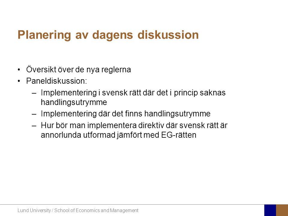 Lund University / School of Economics and Management Översikt över de nya reglerna •Bygger på EG-direktiv – implementeras nu i Sverige •Omsättningsland för tjänster •Tvådelad huvudregel –Försäljning till beskattningsbara personer –Försäljning till icke beskattningsbara personer •Specifika regler för försäljning till beskattningsbara personer –Fastighetstjänster –Persontransporter –Kultur och mässor –Restaurang och catering –Korttidshyra av transportmedel (bilar m.m.)