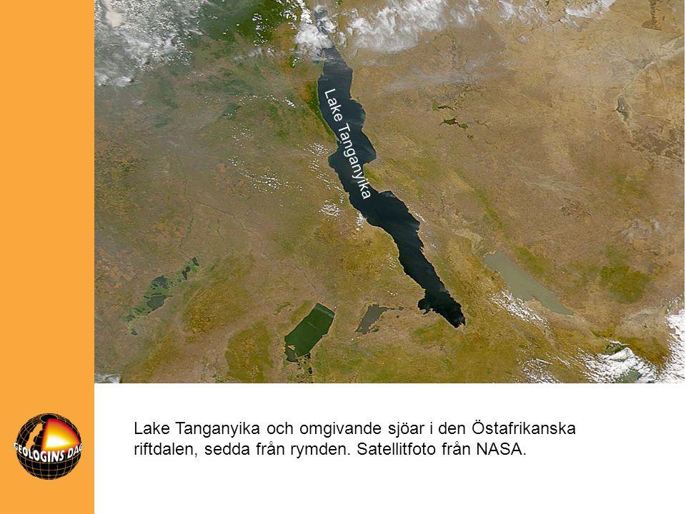 Lake Tanganyika och omgivande sjöar i den Östafrikanska riftdalen, sedda från rymden. Satellitfoto från NASA. Lake Tanganyika