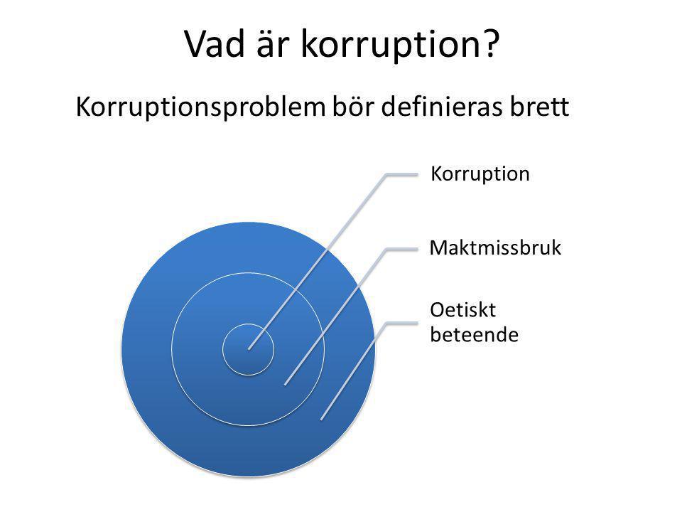 Vår definition: Korruption är maktmissbruk där politiker och tjänstemän utnyttjar sin offentliga ställning för att på ett otillbörligt sätt ägna sig åt favorisering, och därmed bryter mot normen om opartiskhet i den offentliga maktutövningen, för att erhålla personlig vinning för sig själv eller närstående.