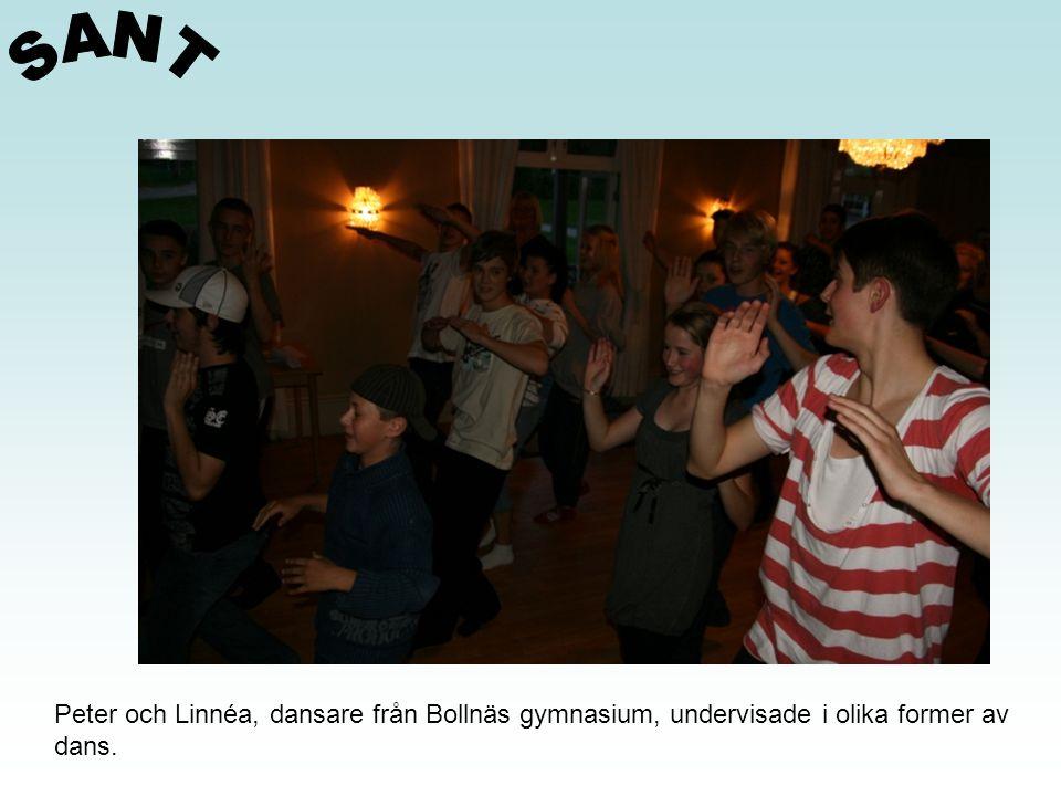 Peter och Linnéa, dansare från Bollnäs gymnasium, undervisade i olika former av dans.