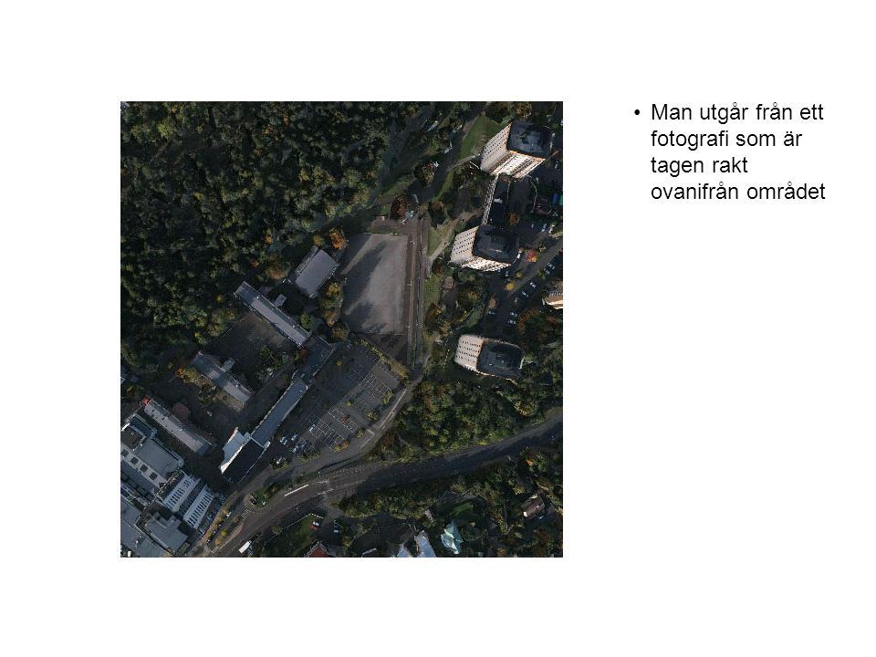 •På kartan markeras byggnader, vägar och olika typer av terränger