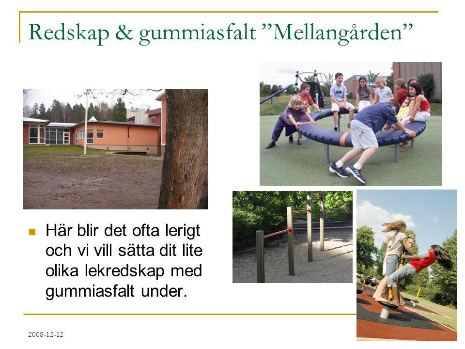2008-12-12 Mellangården  Det trasiga förrådet tar vi bort till förmån för en gungbräda av lite nyare snitt.
