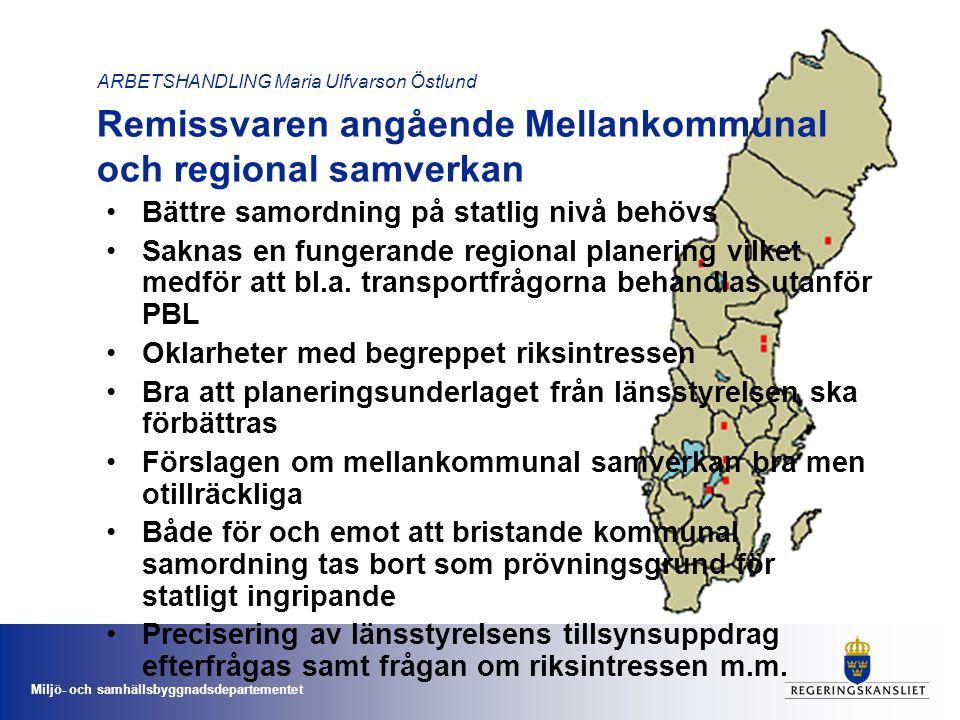Miljö- och samhällsbyggnadsdepartementet ARBETSHANDLING Maria Ulfvarson Östlund PBL-kommitténs förslag gällande: Plangenomförande –fastighetsplaner och exploatörsparagraferna •Fastighetsplaneinstitutet slopas •Fastighetsindelningen regleras i detaljplan •Kunna komplettera med fastighetsplanebestämmelser under genomförandetiden •Följsamhetsbestämmelse att bygglov följas vid fastighetsbildning •Exploateringsparagraf och byggrätter