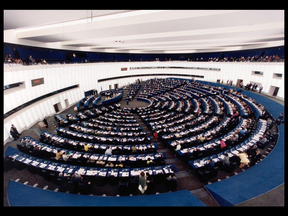 13 jan 2004 14 feb 20064 apr 2006 24 jul 2006 25 jul 2006 22 nov 200516 feb 2006 23 okt 2006 15 nov 2006 12 dec 2006 Valresultat och valdeltagande i Sverige Mandat i EP Europavalet 2009 (%) Riksdagsvalet 2006 (%) Socialdemokraterna524,4134,99 Moderaterna418,8326,23 Folkpartiet313,587,54 Miljöpartiet211,025,24 Piratpartiet17,13– Vänsterpartiet15,665,85 Centern15,477,88 Kristdemokraterna14,686,59 Övriga partier–9,225,67 Valdeltagande45,5381,99
