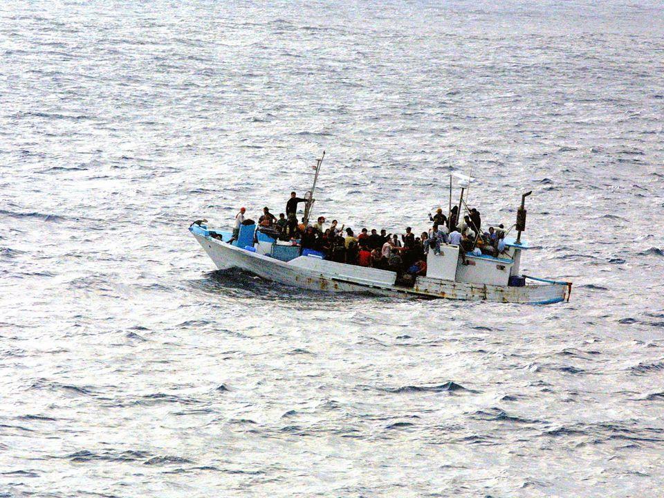 Trauma och migration • De flesta har mycket svåra, extremt stressfulla upplevelser Ändock: Stopp – tänk – kör