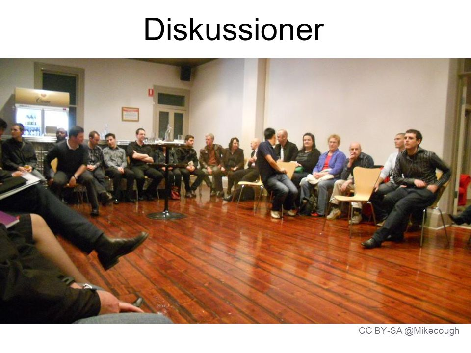 Diskussioner CC BY-SA @Mikecough