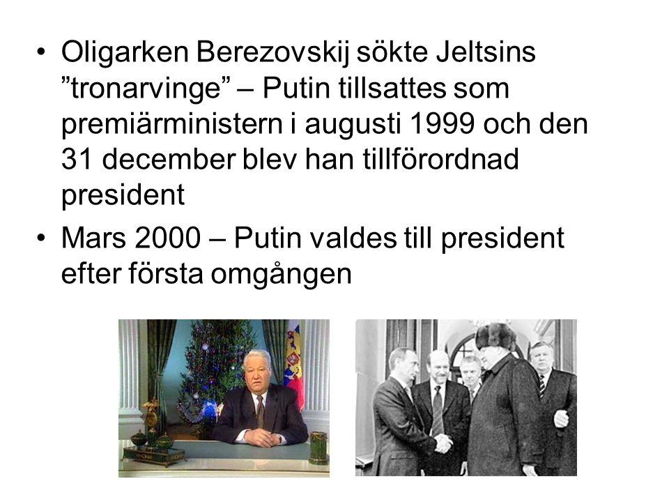 """•Oligarken Berezovskij sökte Jeltsins """"tronarvinge"""" – Putin tillsattes som premiärministern i augusti 1999 och den 31 december blev han tillförordnad"""
