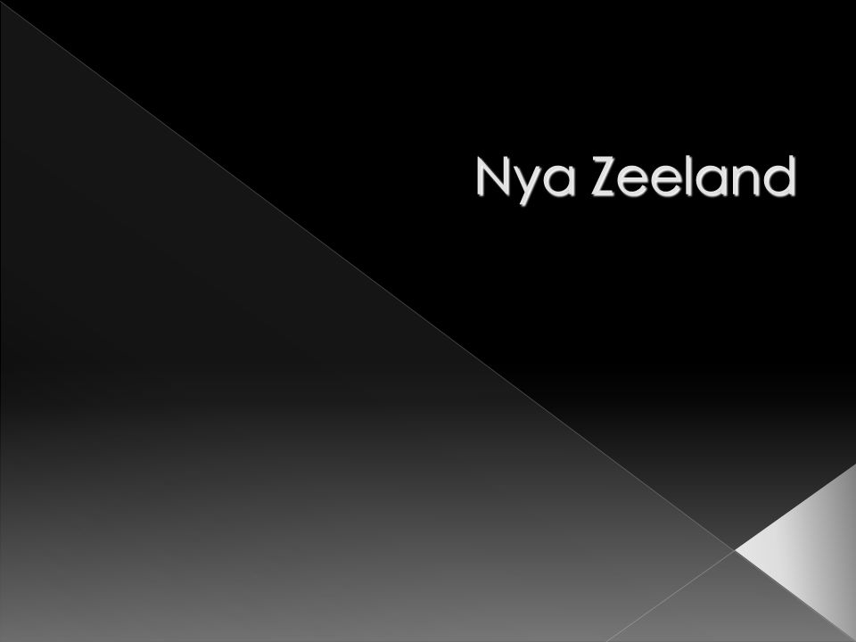 Den maoriska befolkningen minskade fram till 1900-talets början då maorier började flytta in till tätorterna.