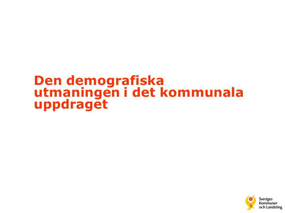 Svenska Kommunförbundet och Landstingsförbundet i samverkan 24 Sammanfattande problemanalys •Sektoriseringen måste balanseras med tvärsektoriellt perspektiv •Den regionala samhällsnivån är oöverskådlig och splittrad •En ny regional samhällsorganisation med tydligare roller och uppgiftsfördelning behövs •En förutsättning för reformerna är en ny, gemensam läns- och regionindelning med väsentligt färre enheter än idag