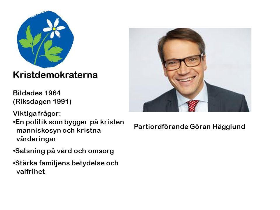 Sverigedemokraterna Bildades 1988 (Riksdagen 2010) Viktiga frågor: • En begränsad invandring • Ökad kulturell enhetlighet och gemenskap • Krafttag mot brottsligheten Partiordförande Jimmie Åkesson